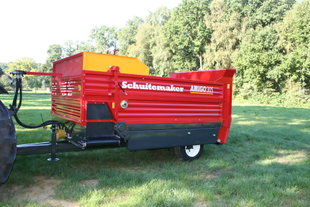 Schuitemaker Amigo 30 S balendoseerwagen