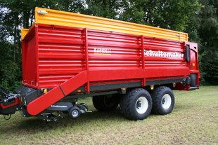 Schuitemaker Rapide 65 opraapwagen