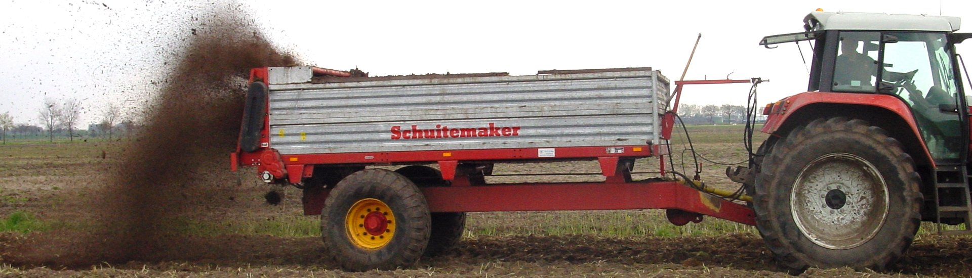 Schuitemaker stalmeststrooier